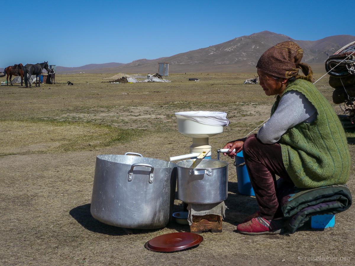 20120830-kirgistan_song-kol_reiten_P1040940