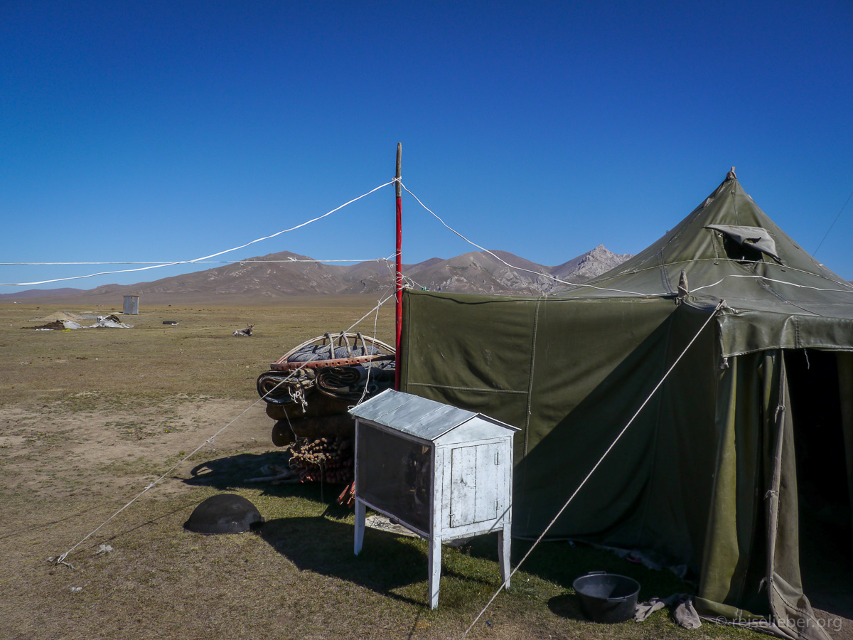 20120830-kirgistan_song-kol_reiten_P1040942