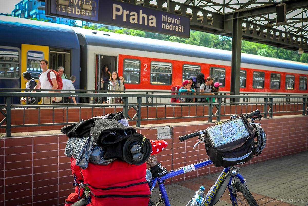 In Prag am Bahnhof