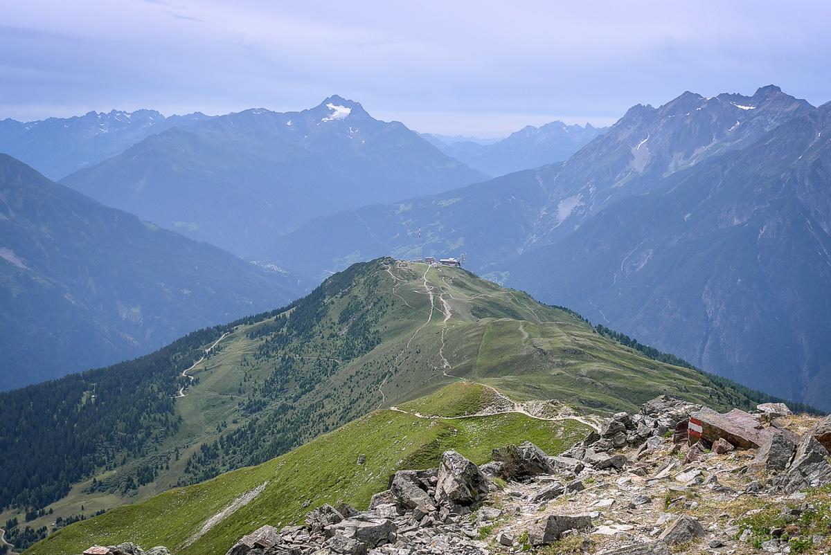 Blick zur Venet Gipfelbahn