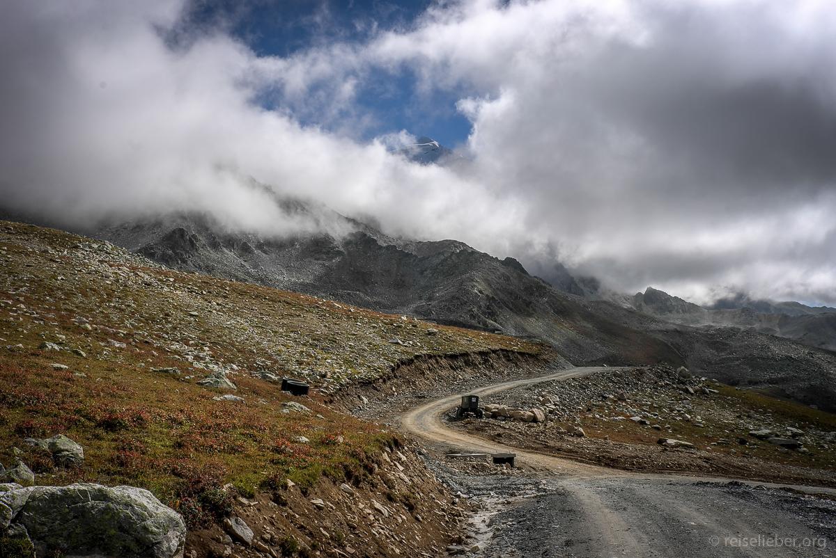 20150916_georgien-swanetien-trekking_L1171144