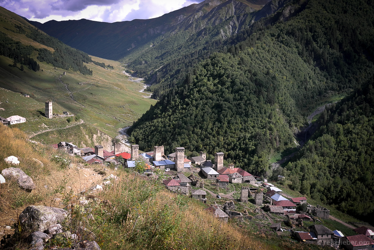 20150916_georgien-swanetien-trekking_L1171186