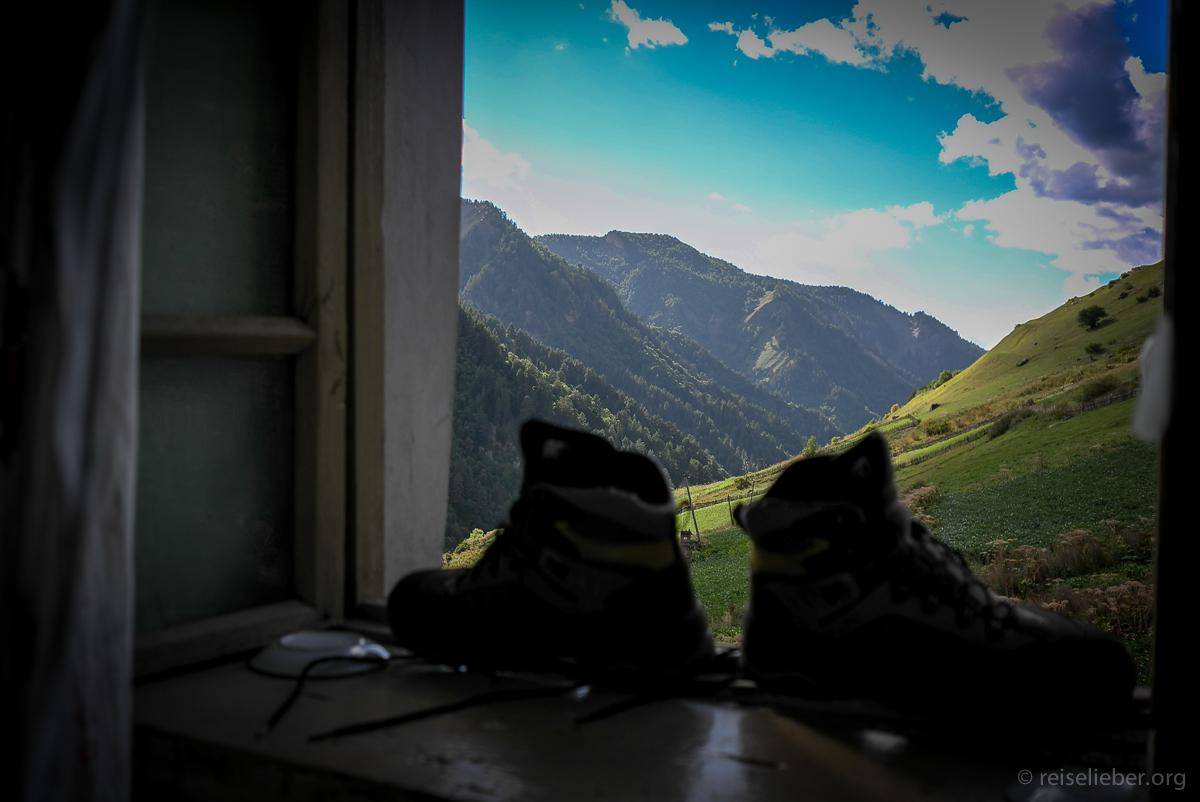 20150916_georgien-swanetien-trekking_L1171213