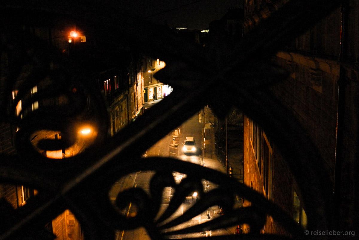 High Street Edinburgh bei Nacht