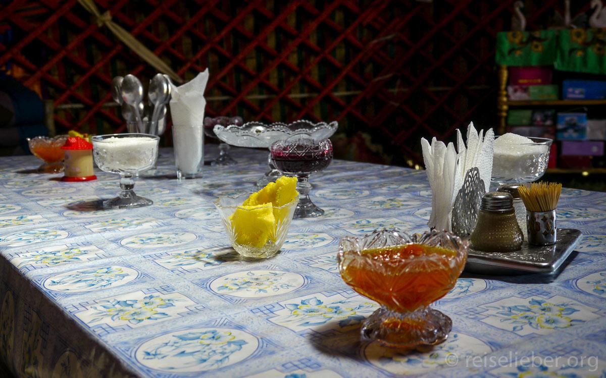 Zu Tisch in Kirgistan