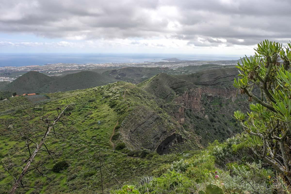 Einmal um den Krater von Bandama wandern
