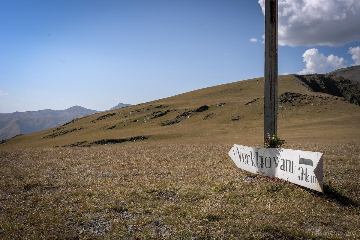 Wegweiser nach Verkhovani