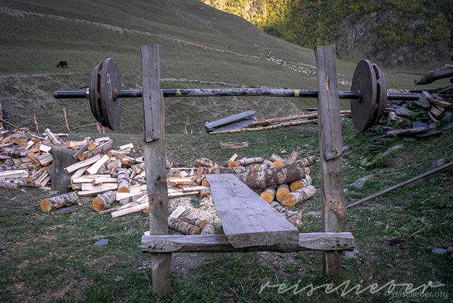 Gewichteheben in Tuschetien