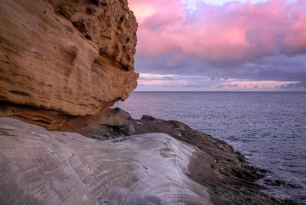 Felsformation an der Küste von Las Galletas