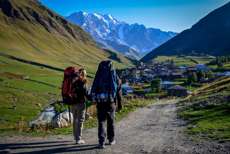 Wanderer in Ushguli in Swanetien