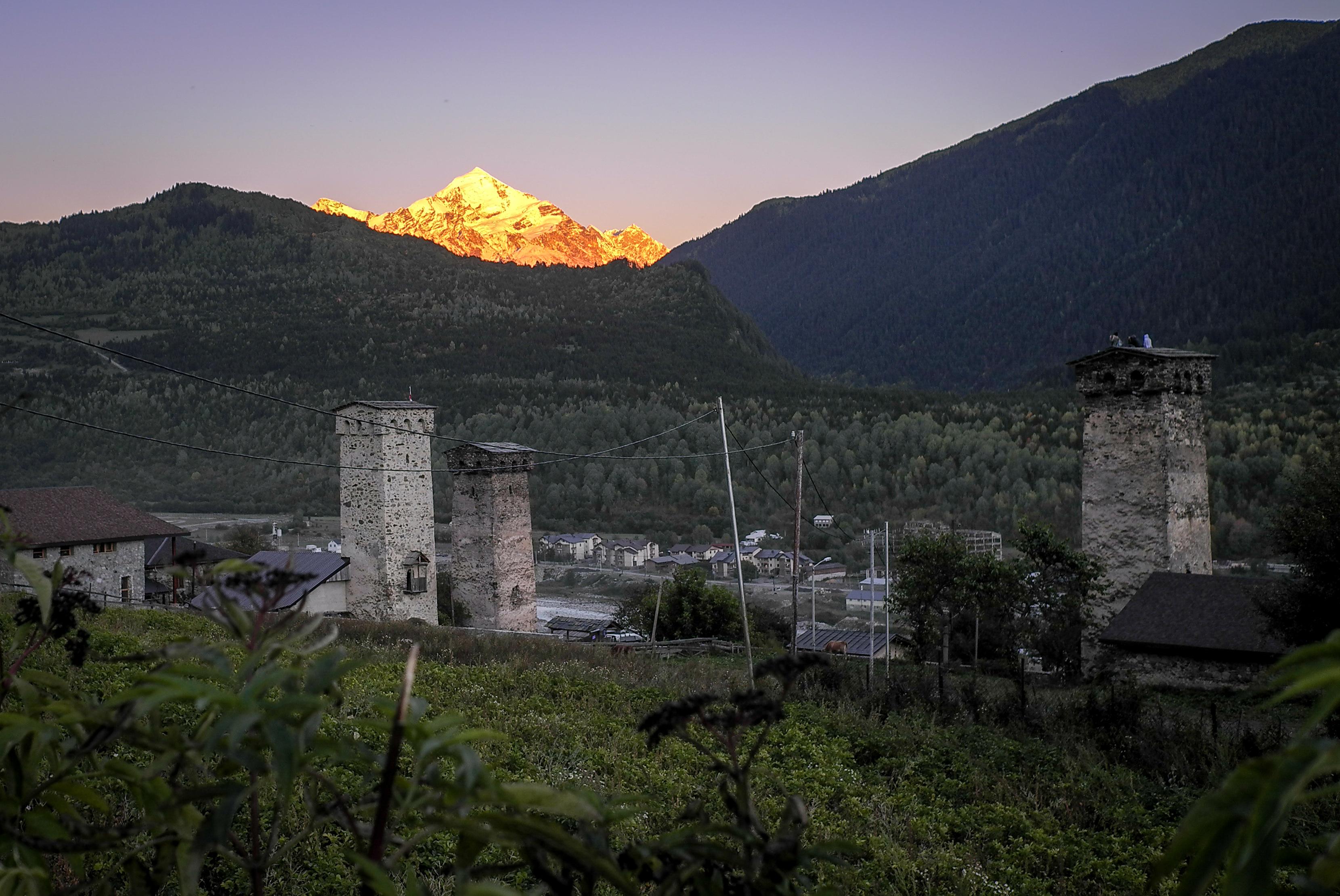 Sonnenuntergang in Mestia