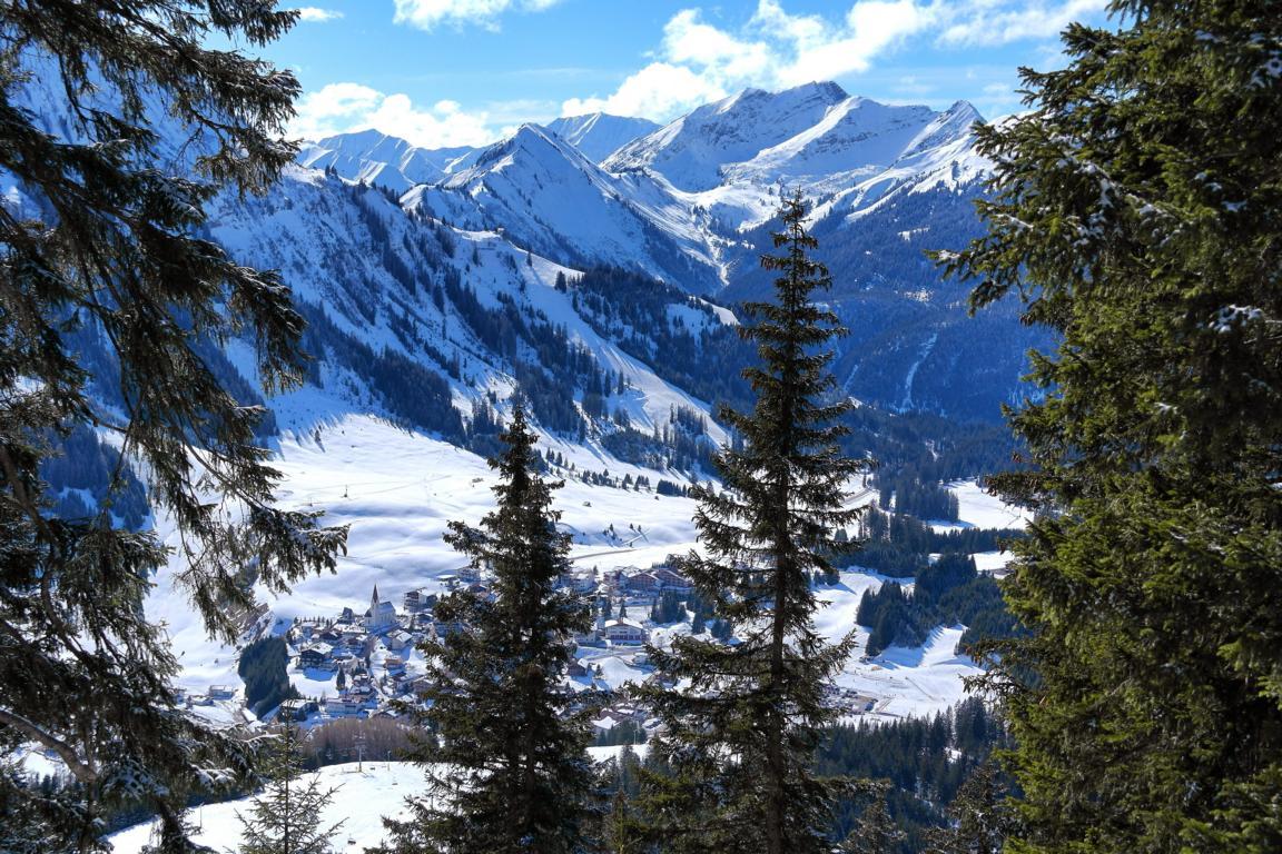Schneeschuhwandern in Tirol ©Paradise-found.de