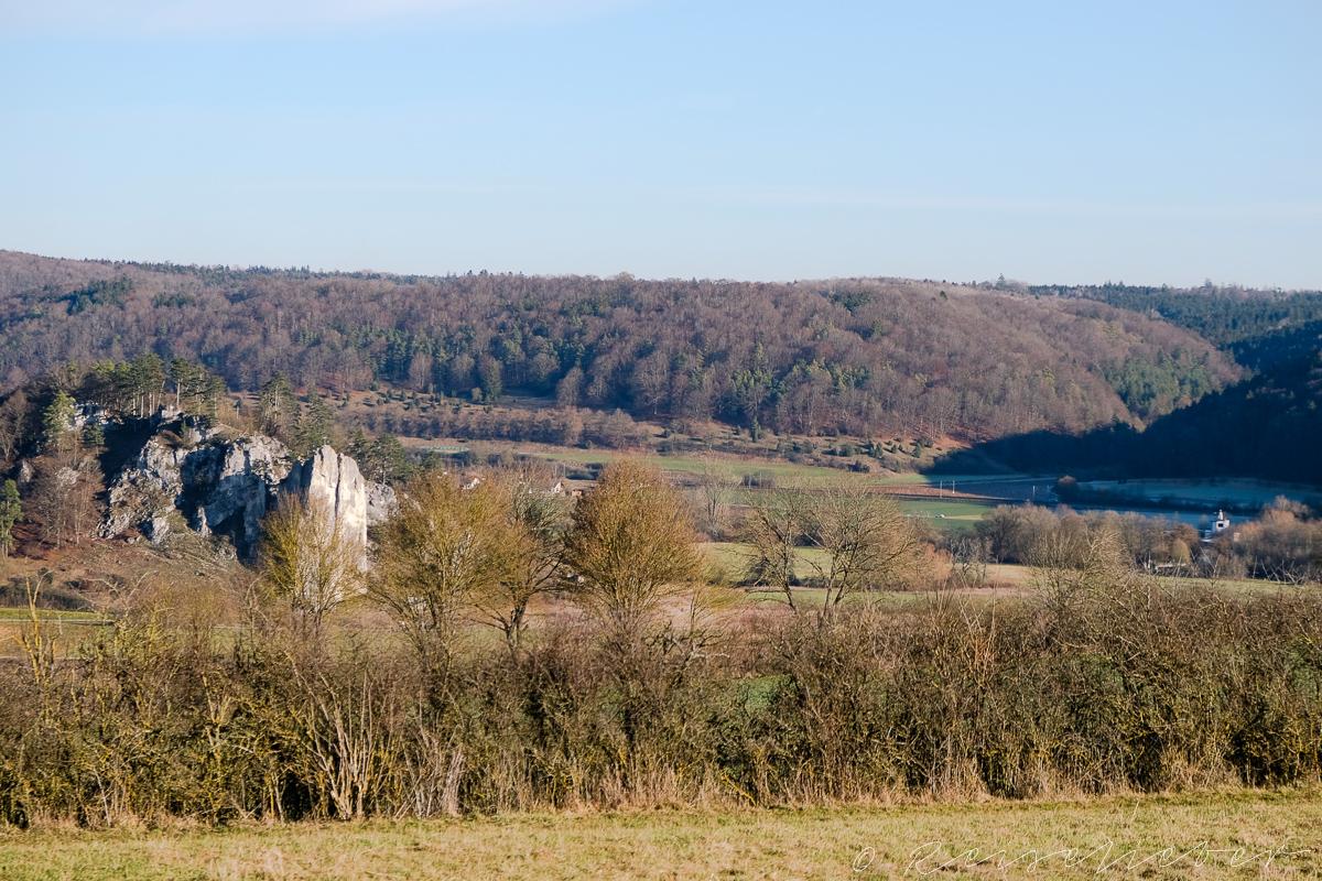 Blick auf den Burgstein im Altmühltal